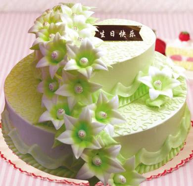 蛋糕:多层蛋糕